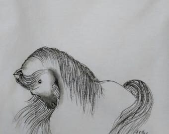 Beautiful hand drawn horse on ladies tee shirt size small