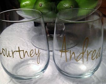 Personalized Wine Glasses, Bridesmaid Wine Glass, Sorority Sisters Glasses, Friends- Girls Night Out Party Wine Glasses