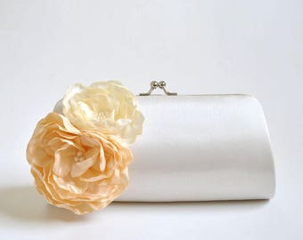 Off white, Vanilla, Ivory - Bridal Clutch / Bridesmaid clutch / Prom clutch / Custom Clutch