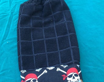 Pirate skull Jolly Roger single crochet kitchen towel