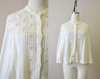 1960s Cream Floral Knit Cape