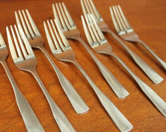 ECKO ETERNA Concord Bridge replacements flatware old silverware traditional colonial fiddle replacements retired retro BIN 65ecko echo