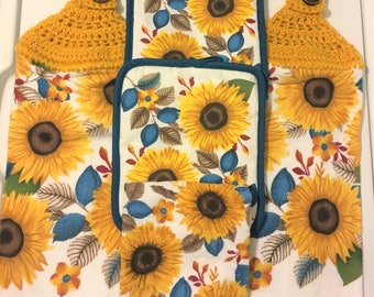 Sunflowers Kitchen Gift Set, 2 Crochet Top Towels, 2 Matching Potholders  And 1 Dish