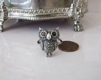 Marcasite Owl sterling silver ring, size 9, garnet eye