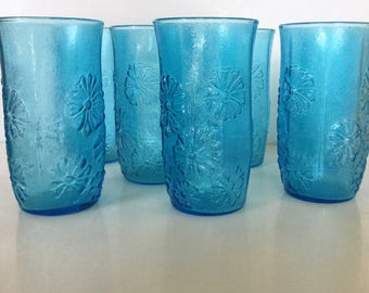 1970s Anchor Hocking Vintage Blue Textured Floral Drinking Glasses // Set of 7