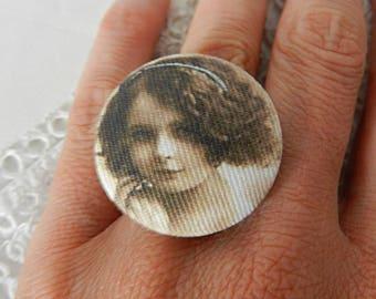 Adjustable Fabric Ring, Retro Girl