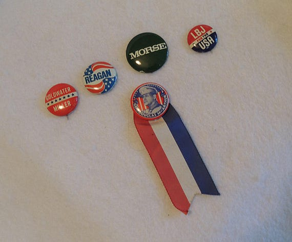 5 Vintage Political Pinback Buttons.  LBJ, Reagan, Goldwater, Morse & Gen MacArthur