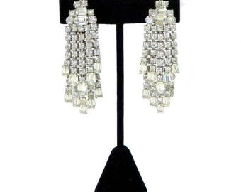 Vintage 1950s Weiss Rhinestone Drop Earrings