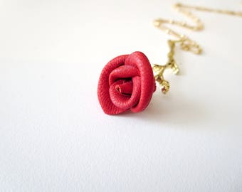 Rose pendant necklace -3rd anniversary gift -Flower  necklace- Red  Rose Pendant -leather  jewelry -Statement Necklace