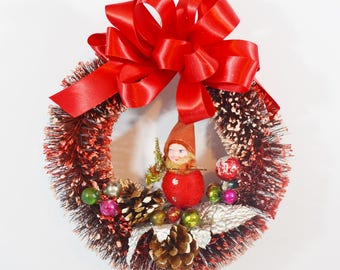 Decorated Vintage Small Bottle Brush Wreath Spun Cotton Elf Pine Cones Glass Beads Red Silver Green Chistmas Wall Door Decoration