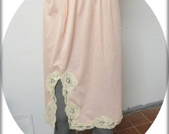 Vintage Pink Half slip  Medium  #029