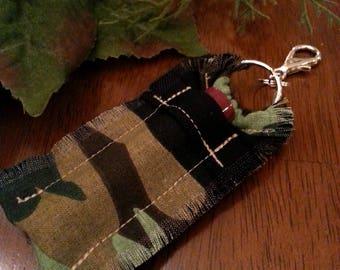 Camo Lip Balm Holder Keychain for Men, Chapstick Holder, Outdoor Explorer, Customize gift, for Him, for Handyman, for Husband, Outdoorsman