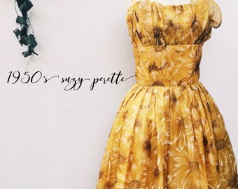 Vintage 50s Suzy Perette New York cocktail dress - 1950s Dior New Look gold floral chiffon full skirt party dress - Medium