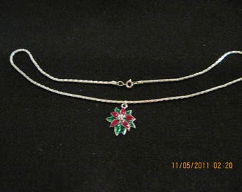 HADNMADE Simple Christmas Silver Chain Necklace with Charm on it...Poinsettia...18""