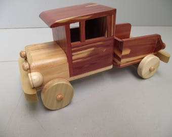 Classic Old Fashioned Truck #T-0101 Eco-friendly Reclaimed Wood Wooden Toy Car for Children Natural Unpainted