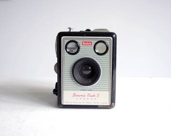 vintage kodak brownie flash II camera