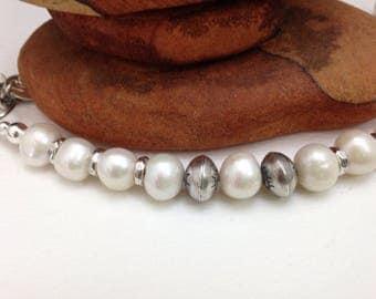 Handmade Jewelry, Creamy Freshwater Pearls, Sterling Silver Navajo Pearls, Beaded Bracelet, Southwestern Jewelry
