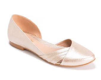 Champagne flat wedding shoes / vegan bridal shoes / closed toe flat shoes / stunning bridal shoes / cruelty free shoe / non leather