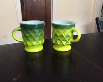 2 Vintage Fire King ANCHOR HOCKING Green Kimberly coffe cups