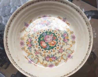 Sebring Pottery  Bowl Ivory Porcelain 1925  Melody Pattern bowl 22K Gold 7 1/8 inch