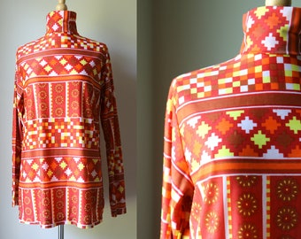 1970s 1960s Abstract Mod Turtleneck Blouse Tunic
