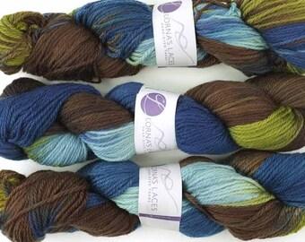 Lorna's Laces, Shepherd Worsted, colorway Edgewater, Aran weight superwash merino wool knitting yarn, blues, olive