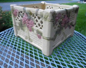 nice shape vintage antique square ROMA rose WELLER POTTERY planter