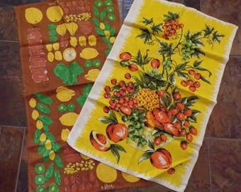 vera neumann VINTAGE TEA TOWEL kitchen linens