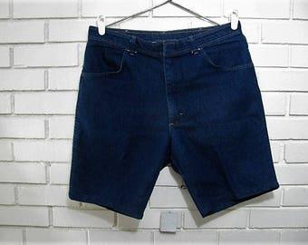 80's dark denim Wrangler shorts size 36