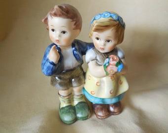 Goebel Figurine - WE CONGRATULATE Sweet  little boy & girl holding a bouquet