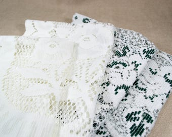 Vintage Lace Linens for Crafting, Cutter Linens Lot, Vintage Lace for Upcycling Crafts, White and Green Floral Lace