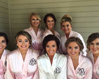 SALE Monogram Bridesmaids Robes, Bride Robe, Blush Satin Robes -Personalized Robes - Monogrammed Robes for Weddings - Bridal Robes