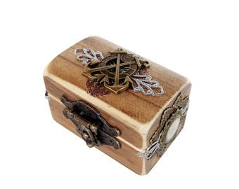 Nautical Engagement Ring Box - Pirate Treasure Chest - Anchor Box - Nautical Wedding - Ring Bearer Box - Compass Box