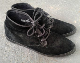 80s black suede size 10 ankle boots