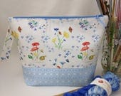 Medium Wide-Mouth Wedge Bag with Organizer Pockets - Primavera Fiori