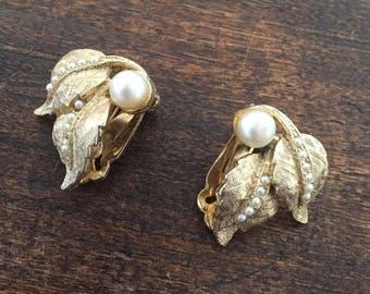 Pearl Flower Earrings, Signed AJJ, Vintage Jewelry SUMMER SALE