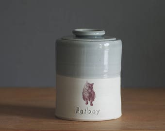ADD ON. custom photo decal add-on for your custom order. cat or dog photo. Urn needs to be purchased also.
