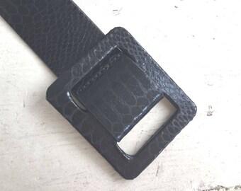 80s Betsey johnson belt S/M / vintage black vegan leather belt / vintage faux snakeskin leather belt / wide black belt / vintage 80s belt