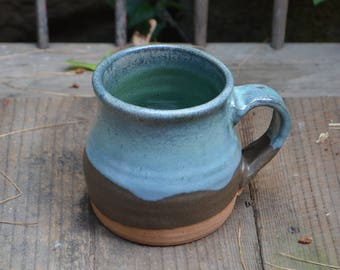 Delightful Ceramic Stoneware Mug