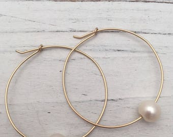 Hoop Floating Pearl Earrings, Convertable 14k Gold Filled 20g Wire. #soulfuljewels #128