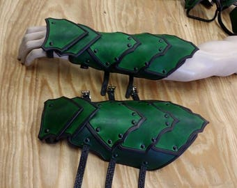 Leather Armor Barbarian Gauntlets