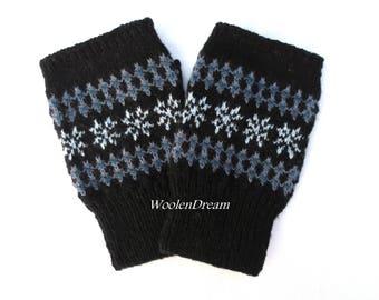 Wool fingerless gloves,men's fingerless gloves,Scandinavian gloves,black wrist warmers,wool hand warmers,fashion accessories,Christmas gift