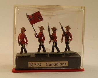 Vintage Miniature / Miniploms by Alymer -- No. 37, Canadian Mounties / RCMP with Flag, Rifles -- Historical Metal Model Made in Spain