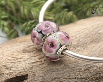 Etude - 1 pc European Beads lampwork purple flower  transparent - Charm with a large hole - 925 silver core