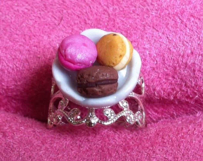 Ring bowl mini macaroons