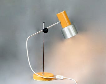 Industrial Design Vintage 1960s Made in Italy Articulated Table Desk Lamp