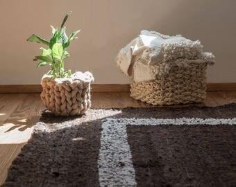 Organic wool rag rug sheep, Modern area rug, Primitive rugs, Minimalist area carpet, Rustic brown and white knot sheep yarn, Office decor