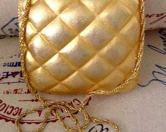 Vintage gold metal Harry Rosenfeld pillow purse