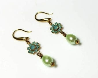 Pacific opal Swarovski crystal light green pearl earrings hypoallergenic earrings nickel free earrings dangle drop beaded jewelry