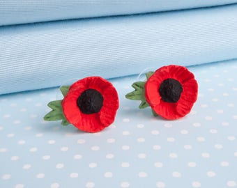 Poppy with Leaf Stud Earring